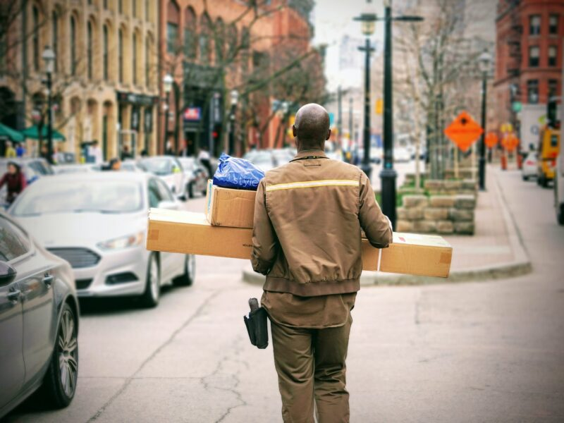 Ecommerce Shipping Solutions: The Ultimate Guide to Ecommerce Delivery